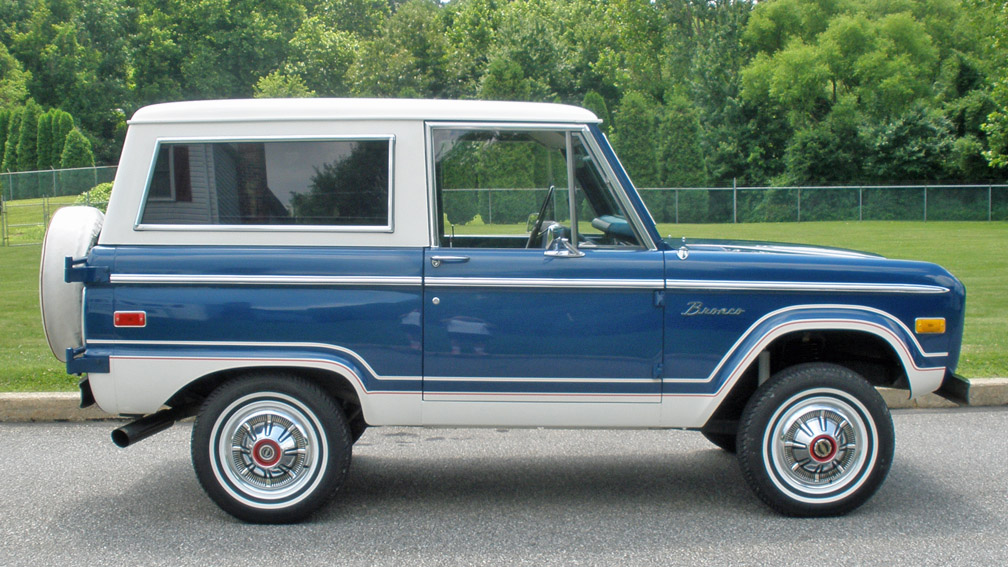 1976_Ford_Bronco_Ranger_33
