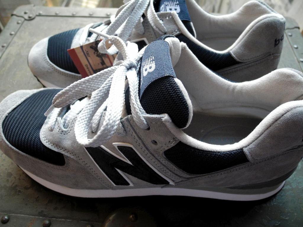 new balance 574s Black
